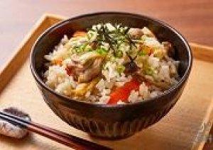 【炊き込み御飯】と【松茸の吸い物】サービス